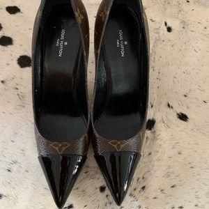9cc4a7146f3c Louis Vuitton Shoes - Louis Vuitton Cherie pumps size 36.5